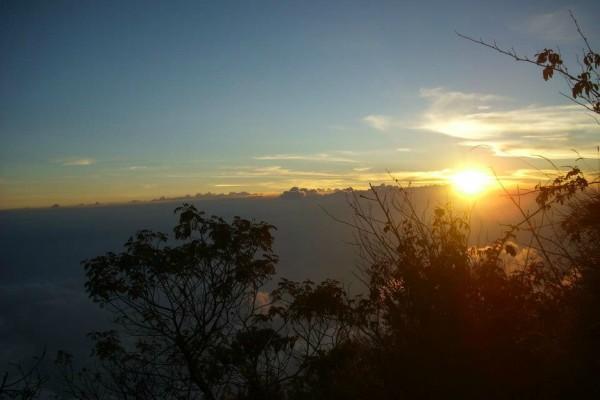 sunset puncak ciremai