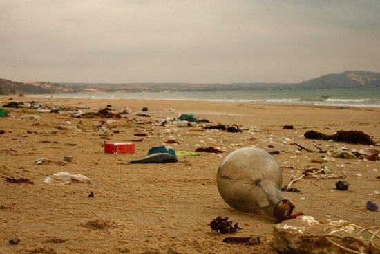 Laut Indonesia (Masih) Menangis Oleh Sampah Plastik