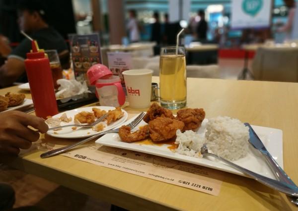 suasana di bb.q chicken express