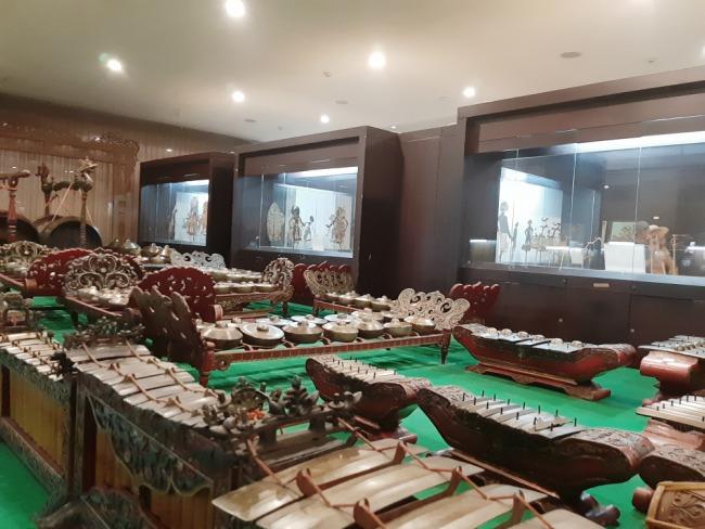 gamelan di museum wayang jakarta