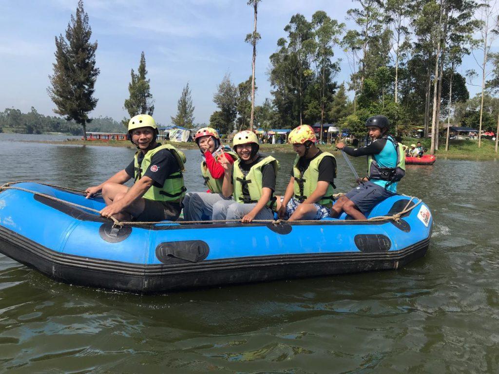 menuju titik awal rafting