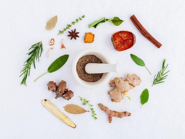 5 nutrisi baik untuk diet setelah melahirkan pasca operasi caesar