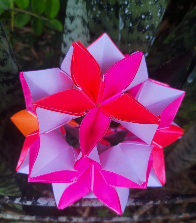 flower origami kusudama